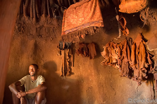 Himba Guide