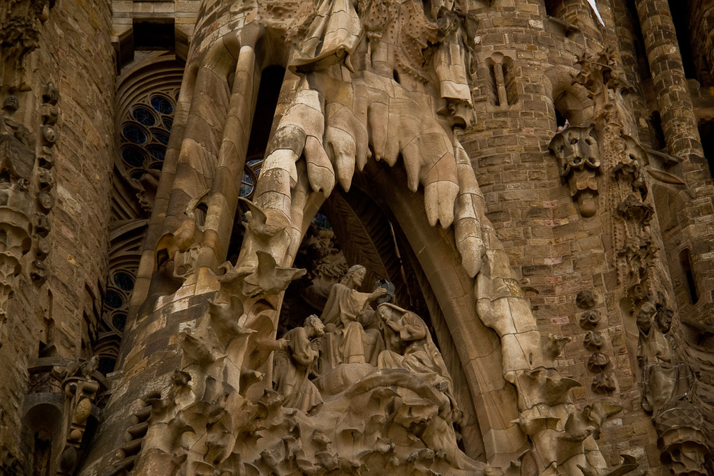 Details on Sagrada Familia cathedral
