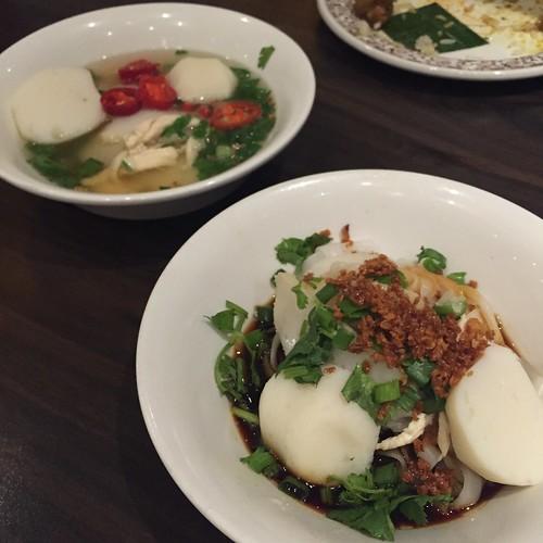 Penang Fishball Noodles - Penang Hawkers' Fare at York Hotel - Sep 2015