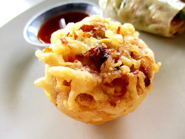 Hua Kwong Corner stuffed tofu puff 2