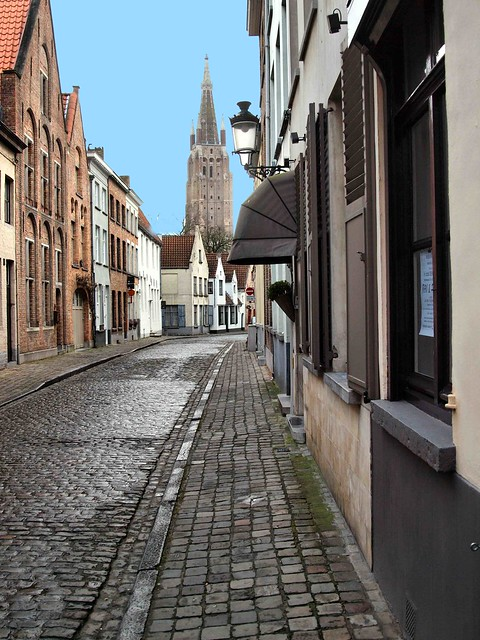 Brugge Cobbled Street Feb 2015 116