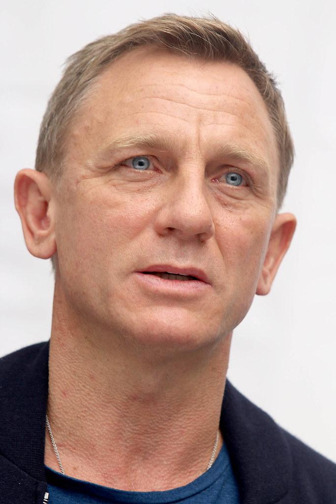 Дэниел Крэйг — Пресс-конференция «007: СПЕКТР» 2015 – 25