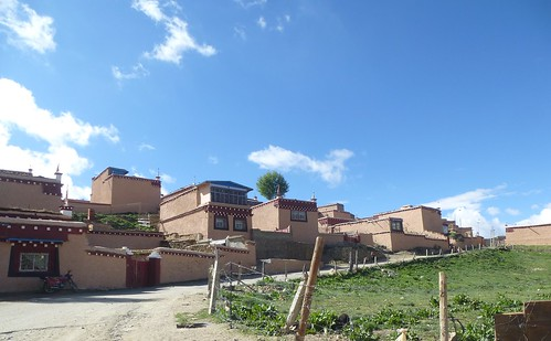 CH-Litang-Tiranniba village nouveau (3)