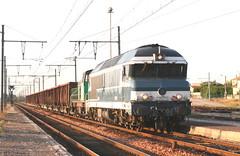 72070 loué à VFLI et 64003 à Portes les Valence 13 03 2010