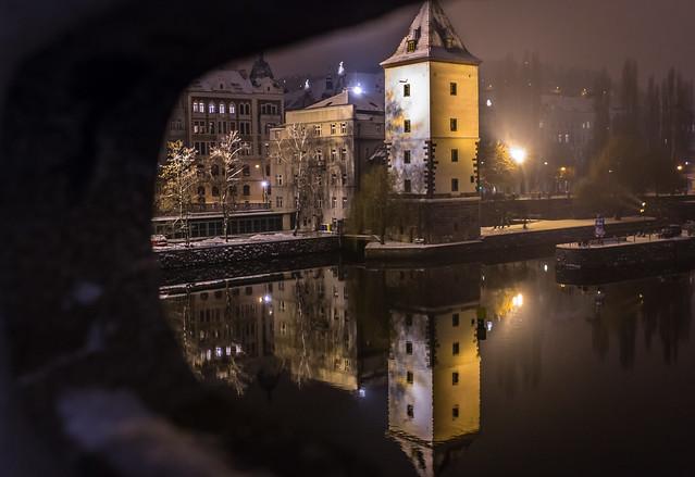 Prague nocturno...