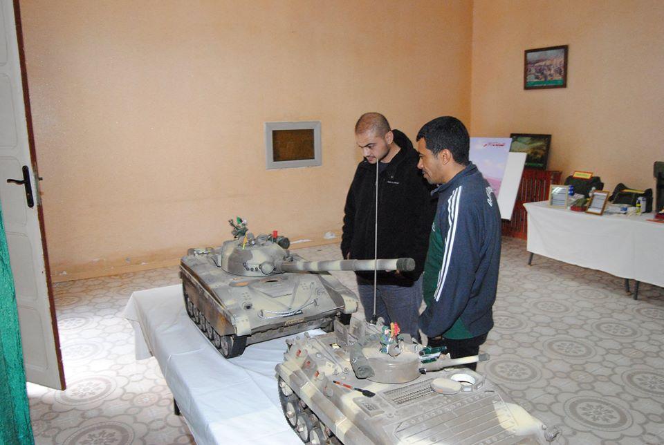 صور دبابات قتال رئيسية الجزائرية T-72M/M1/B/BK/AG/S ] Main Battle Tank Algerian ]   - صفحة 4 33117366474_068d312d0d_o