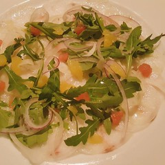•Fish Carpaccio for starters!•  La Spiga by Papermoon  My 1st #WDohaEmoji order is a success!