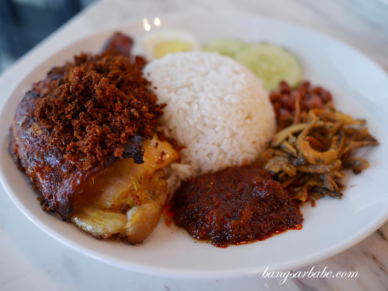 Nasi Lemak Ayam Berempah (2)
