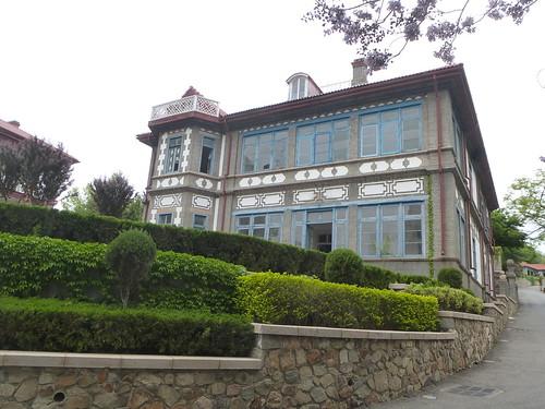 CH-Yantai-Port (1)