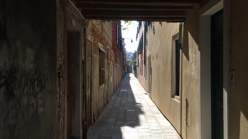 Quiet alley in Giudecca