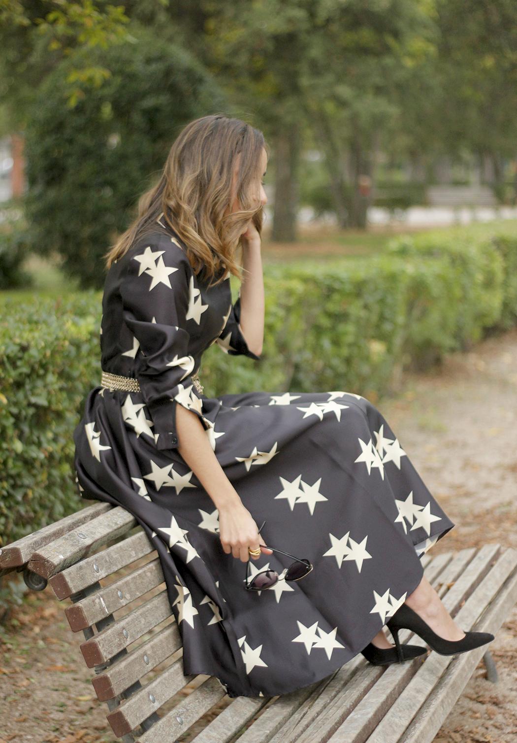 Star Print Dress sunnies heels outfit20