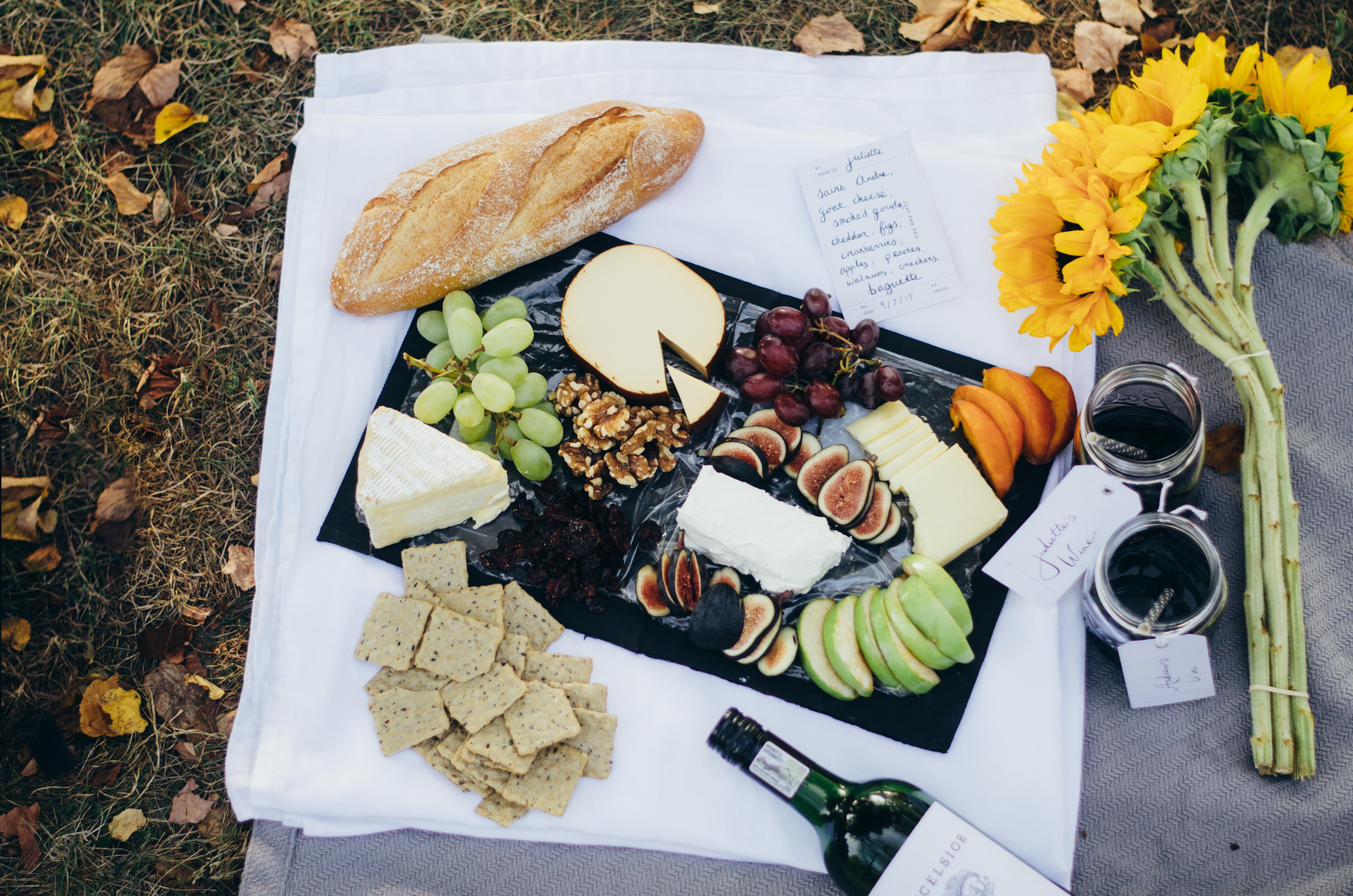 Fall Cheeseboard on a Chalkboard Platter juliettelaura.blogspot.com