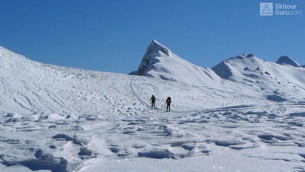 Ghardenaccia, Puez-Gisler, Dolomiten, Italia, http://skitourguru.com/tura/17-puezspitze-day-2-h-r-dolomiten-sudtirol