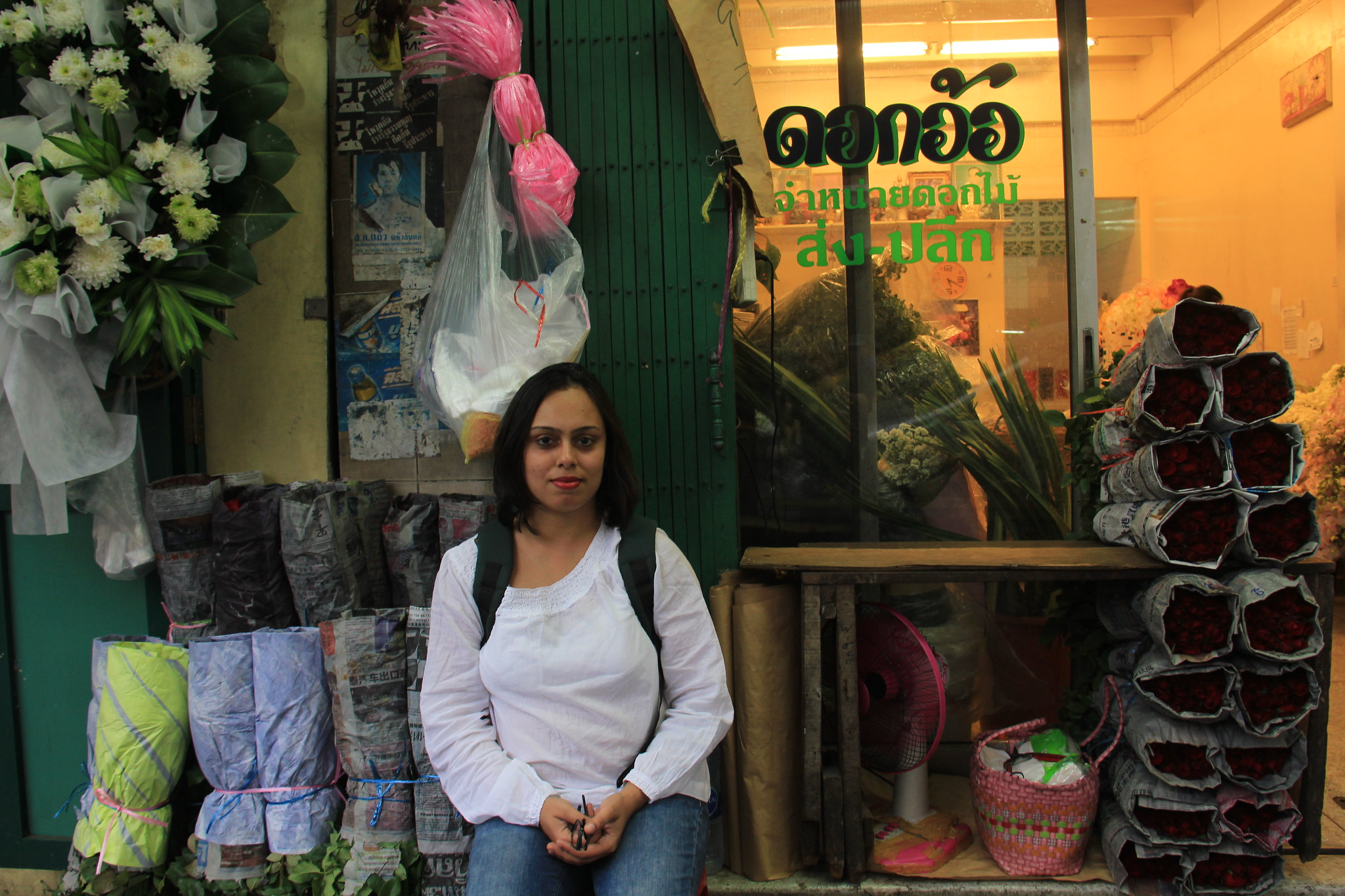 #travelbloggerindia #thailandtourism #bangkoktourism #bangkokflowermarket #pakkhlongtalat