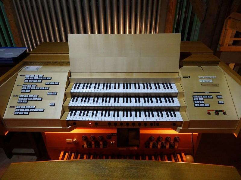 Le muséee suisse de l'orgue (en Suisse)  20519917414_26f5cb3ca9_c