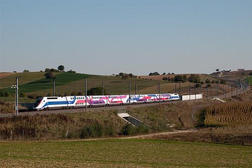 Rame 744 en essais au passage à Ingenheim (67)
