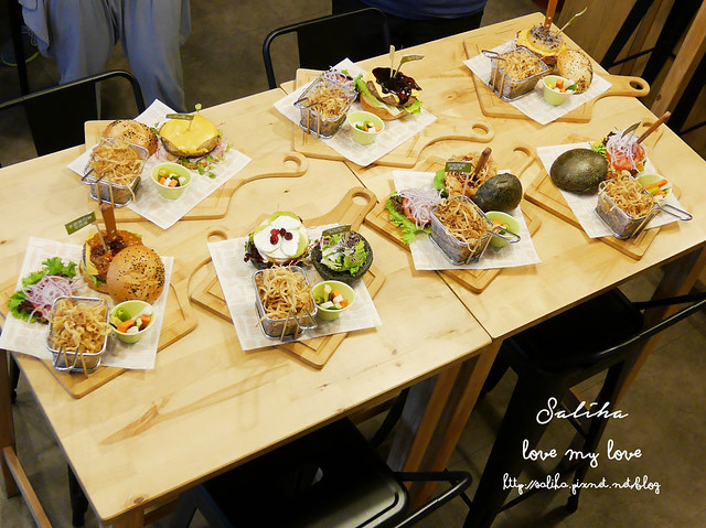 台北內湖東區好吃漢堡費尼餐廳 (8)