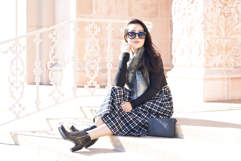 01-sf-fall-black-fur-plaid-tartan-fashion-style