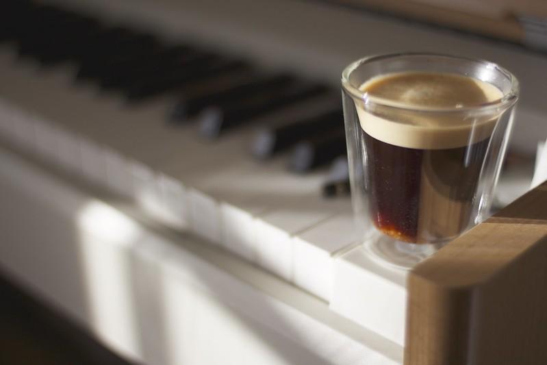 朝ネスプレッソ&朝ピアノ