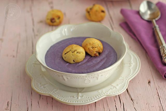 Crema de lombarda con panecillos de jamón y queso www.cocinandoentreolivos.com (4)