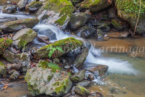 Agua , efecto seda #DePaseoConLarri #Flickr -3732