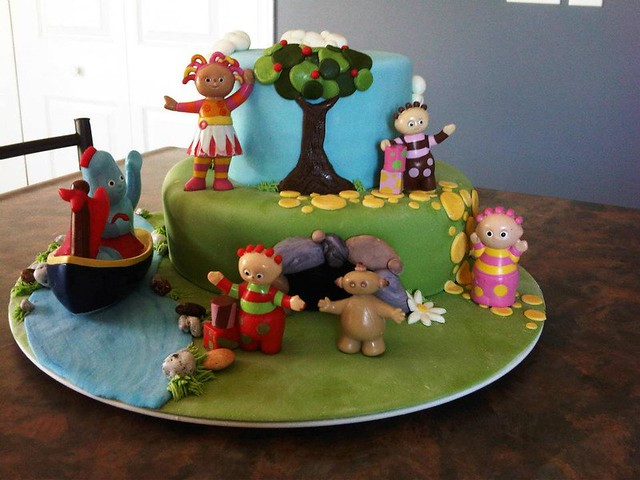 In the Night Garden Cake by Winnovative Cakes