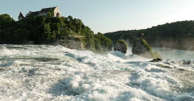 Rýnský vodopád – duhové odlesky Rýna