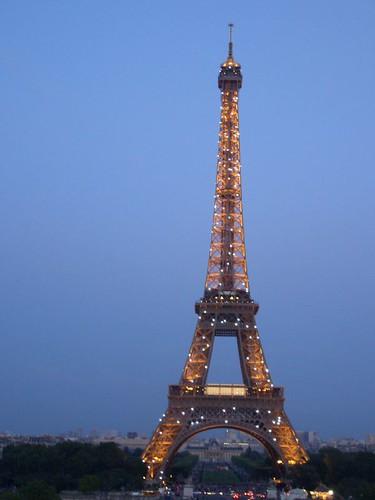 Eiffel 10 PM