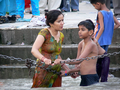 Indian Aunty Ganga River Bath Hot Graffiti Pictures
