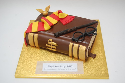 Harry Potter Book Cake : Harry potter s spell book cake beautiful birthday cakes