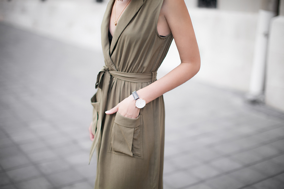 military-green-dress-fashion-style-blogger