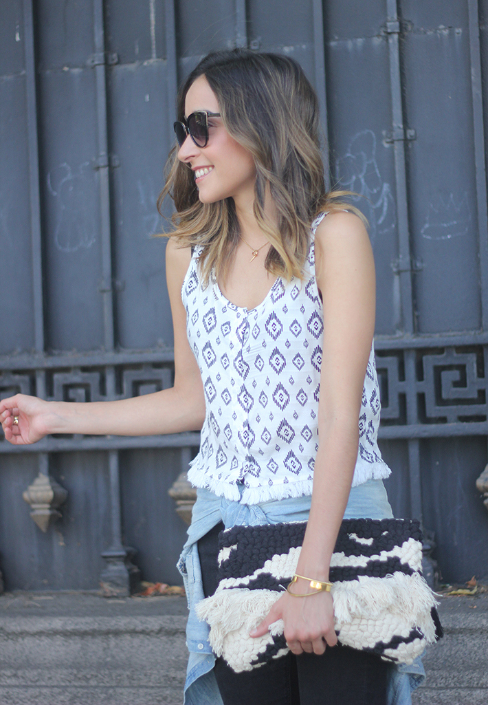 Black Ripped Jeans Tribal Top clutch summer outfit10