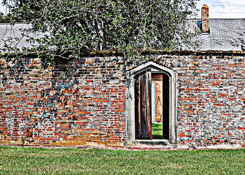 Doorway 032-001