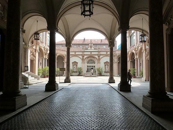 palais lascaris 1