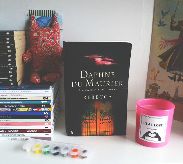 vivatramp book blog rebecca daphne du maurier book reviews