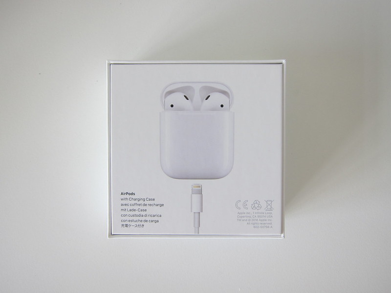 Apple AirPods - Box Back