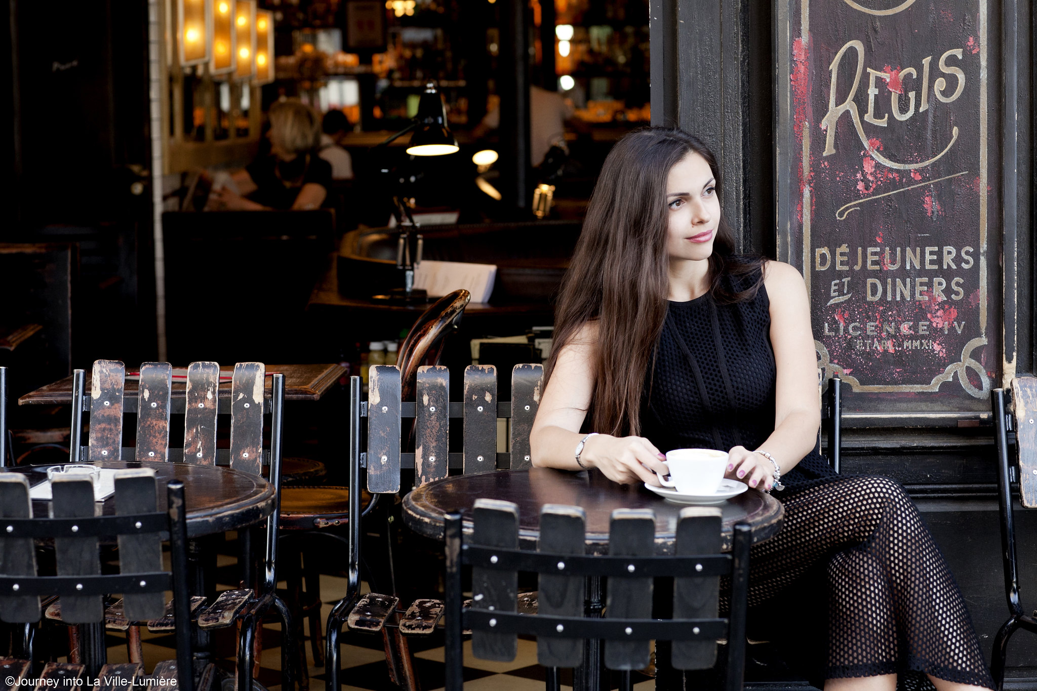 Parisian Café, Photography