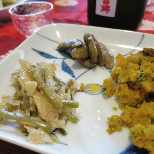 枝豆を薫製にするとか、レーズンを日本酒に浸けるとか、なんなの、天才なの?