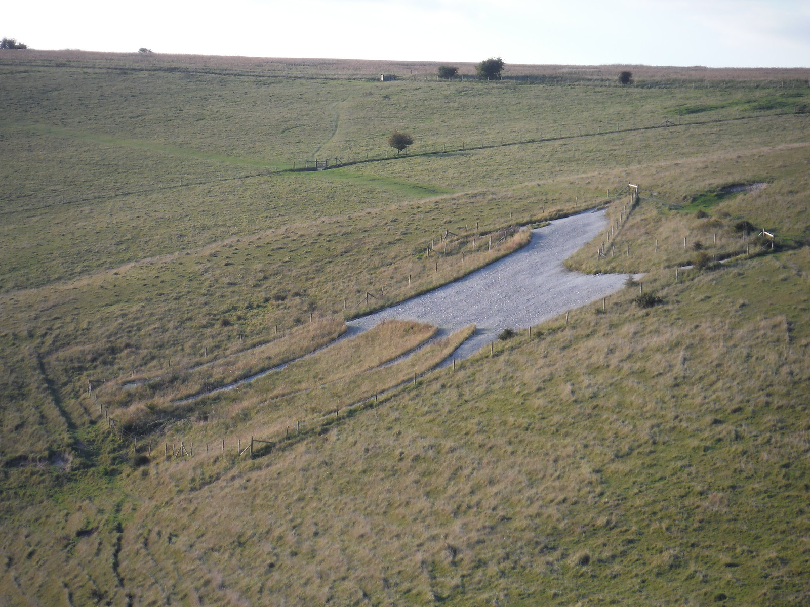 Alton Barnes White Horse SWC Walk 255 Pewsey or Marlborough Circular via Avebury