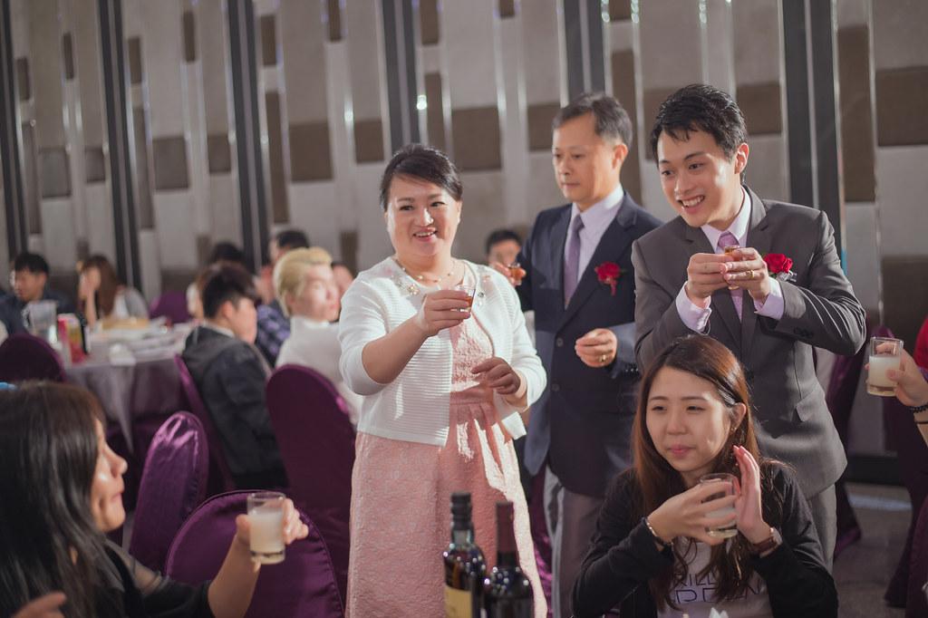 20150627薏璇&欣儒-桃園來福星花園大飯店婚禮記錄 (866)