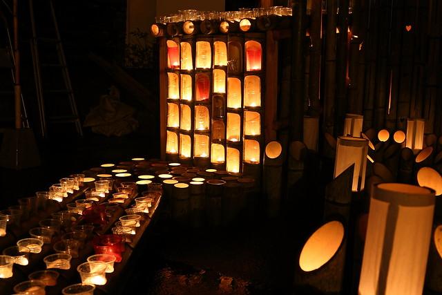 竹灯籠とキャンドル(オブジェの名称不明)