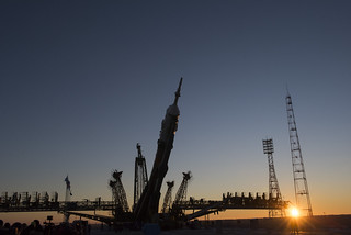 Soyuz TMA-19M moved into the vertical position