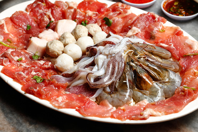 Jim Jum Mix Seafood Pork Set