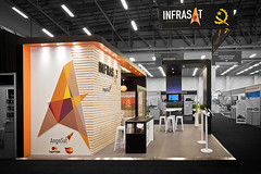 Infrasat_Custom-build-exhibition-stand_HOTT3D_-AfricaCom-2016_3