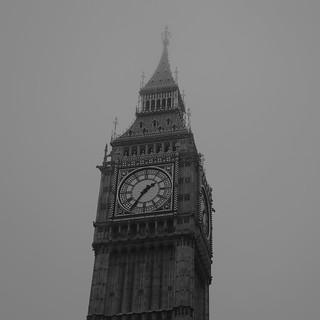 Image of Big Ben. london greatbritain londen grootbrittanië fog mist bigben nebel