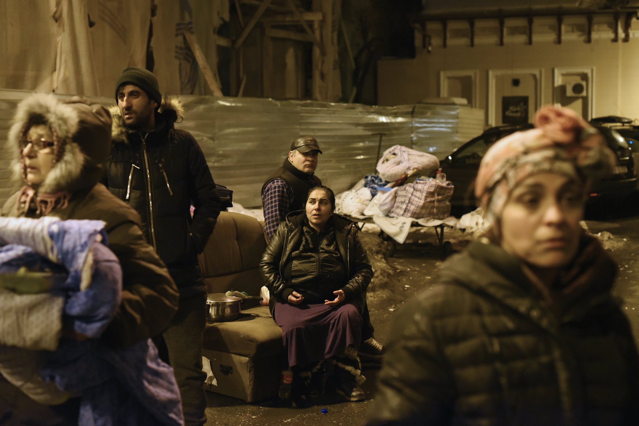 Romania: Illegal eviction, strada Sfintilor 13, 3 Feb