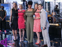Lara Spencer, Amy Robach,  Jill Scott, Ginger Zee, George Stephanopoulos