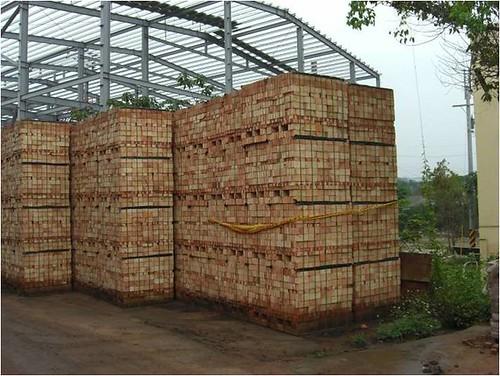 產品(紅磚)暫存區。圖片來源:環保署。