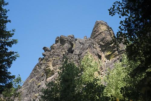 oregon geology pinnacles lakecounty palisades volcanicrock igneous gearhartmountainwilderness fremontforest