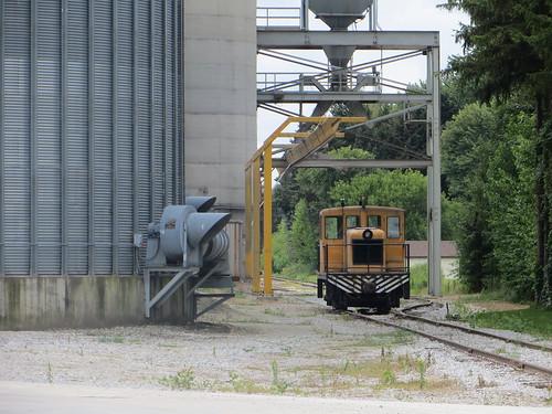 railroad ohio clyde locomotive grainelevator
